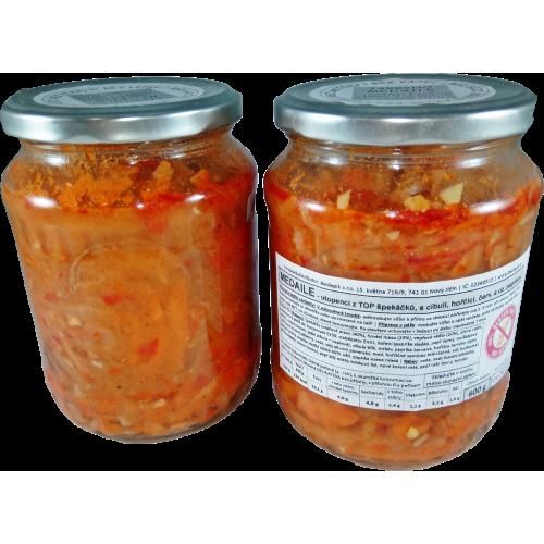 Porcovaní utopenci s cibulí a paprikou 600 g